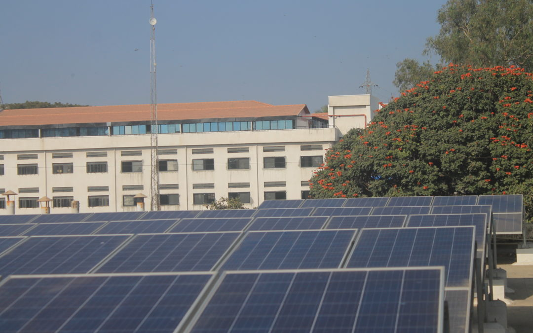 IBM takes the plunge into sustainable energy : Commercial Solar for Offices